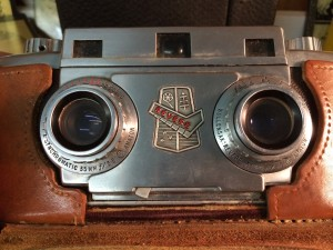 Found this Revere Stereo camera while wandering around the antique store while Steve was pawing through piles of records.